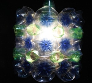 scoopa-plastic-bottle-light2s1-550x500