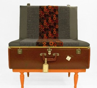 scoopa-suitcase-chair1-550x500