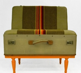scoopa-suitcase-chair5-550x500