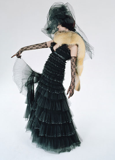 fass-tim-walker-couture-07-v